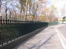 フェンス 北大植物園デザインフェンス
