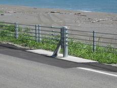 防護柵 ガードケーブル